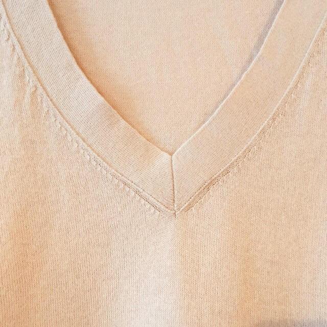 SHIPS(シップス)のSHIPS薄手Vネックニット レディースのトップス(ニット/セーター)の商品写真