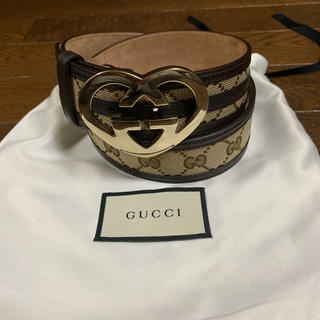 Gucci - GUCCI グッチ インターロッキングハートシェイプ ベルト