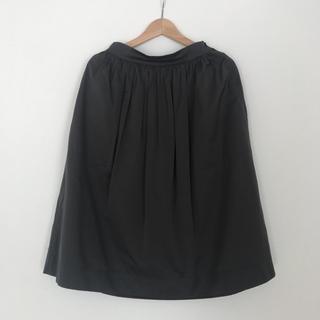 ザラ(ZARA)のZARA ハリ素材スカート(ひざ丈スカート)