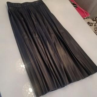 ZARA - ZARA フェイクレザー スカート プリーツ