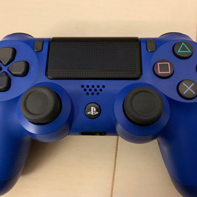 PlayStation4(プレイステーション4)のPS4コントローラー エンタメ/ホビーのゲームソフト/ゲーム機本体(家庭用ゲーム機本体)の商品写真