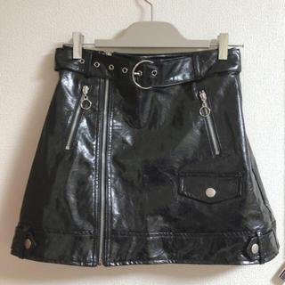 SPINNS - レザースカート 台形スカート レザー