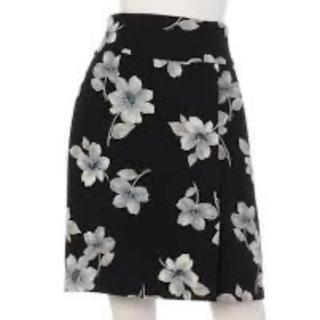 Noela - ノエラ 花柄スカート 黒/ブラック