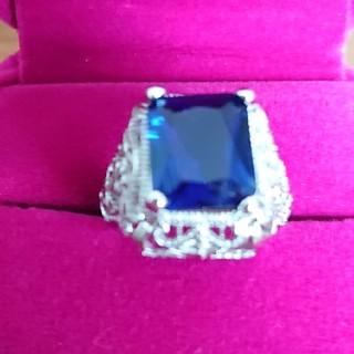 大粒ブルーの石の指輪(11号)(リング(指輪))