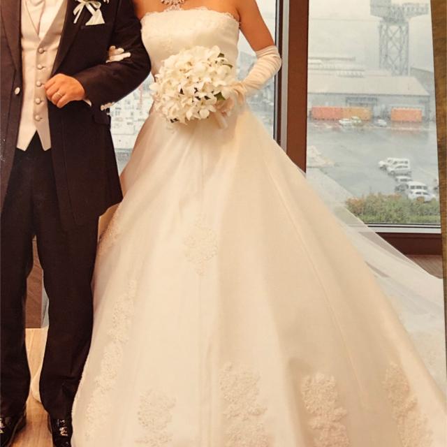 AIMER(エメ)のエメ ウエディングドレス  レディースのフォーマル/ドレス(ウェディングドレス)の商品写真