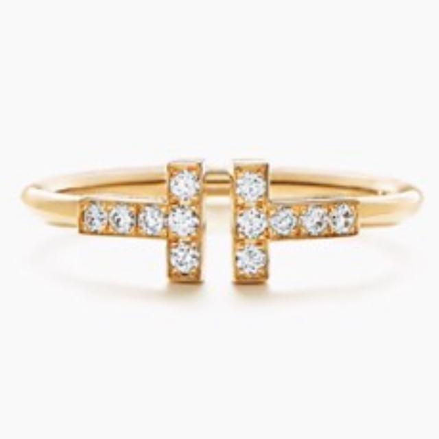 Tiffany & Co.(ティファニー)のティファニー Tワイヤーリング 18金 レディースのアクセサリー(リング(指輪))の商品写真