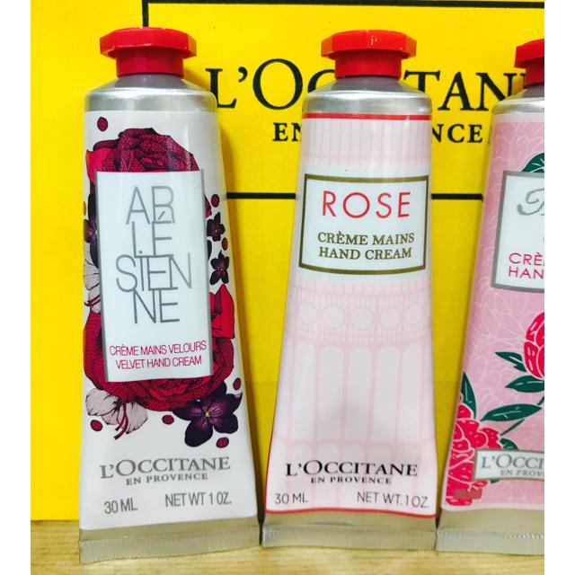 ロクシタン  ハンドクリームセット♡ コスメ/美容のボディケア(ハンドクリーム)の商品写真