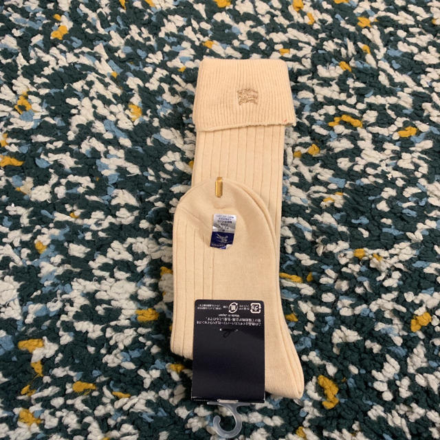 BURBERRY(バーバリー)の新品未使用 バーバリー ハイソックス 16cm〜18cm キッズ/ベビー/マタニティのこども用ファッション小物(靴下/タイツ)の商品写真