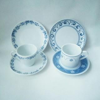 フェリシモ(FELISSIMO)のカップ&ソーサー&ケーキ皿(食器)