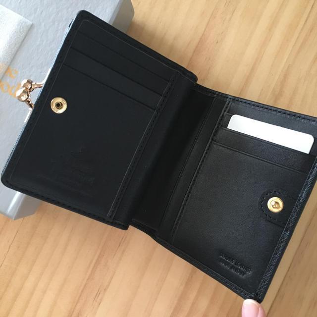 Vivienne Westwood(ヴィヴィアンウエストウッド)のヴィヴィアン 2つ折り 財布 レディースのファッション小物(財布)の商品写真