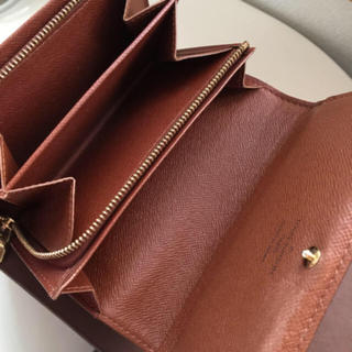 LOUIS VUITTON - 正規品ルイヴィトンL字ファスナー折財布