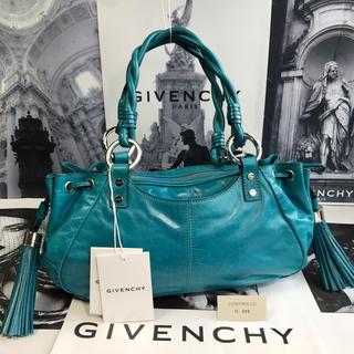 GIVENCHY - 【正規品】ほぼ未使用✨GIVENCHY ジバンシー ツイン タッセル バッグ