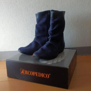 アルコペディコ(ARCOPEDICO)の格安新品 アルコペディコ パトリシア 紺ネイビー39(25cm)インポート(ブーツ)
