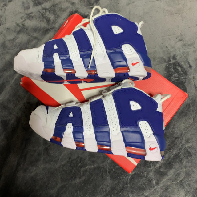 NIKE(ナイキ)の値下げ NIKE AIR MORE UPTEMPO ナイキモアテン メンズの靴/シューズ(スニーカー)の商品写真