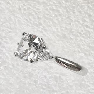 最高品質 クッションカット WGP SONAダイヤモンドリング  1.6ct(リング(指輪))