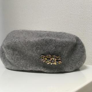 ザラ(ZARA)のZARA ベレー帽 グレー ウール ビジュー(ハンチング/ベレー帽)