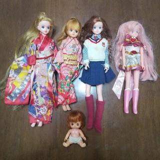 リカちゃん人形など
