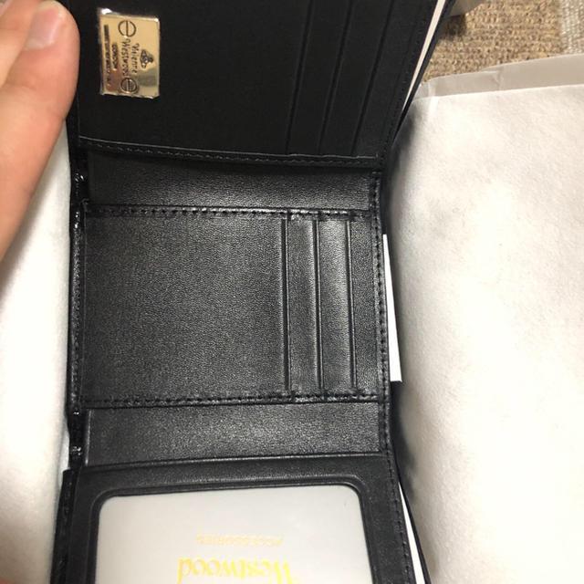 Vivienne Westwood(ヴィヴィアンウエストウッド)のヴィヴィアン  ウエストウッド 折り畳み財布 セール中 レディースのファッション小物(財布)の商品写真