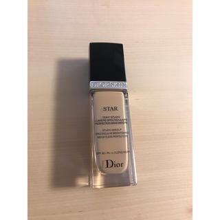 クリスチャンディオール(Christian Dior)のChristian Dior ディオールスキン スター フルイド  011(ファンデーション)