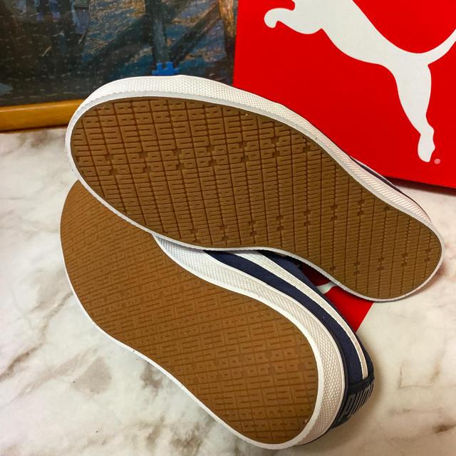 PUMA(プーマ)のPumaレディーススニーカー新品未使用サイズ23cm レディースの靴/シューズ(スニーカー)の商品写真