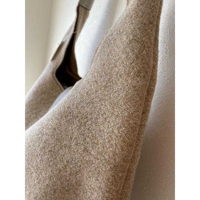 TOPKAPI(トプカピ)のTOPKAPI    イタリアフェルトラメ.ワンショルダーバッグ新品未使用日本製 レディースのバッグ(ショルダーバッグ)の商品写真
