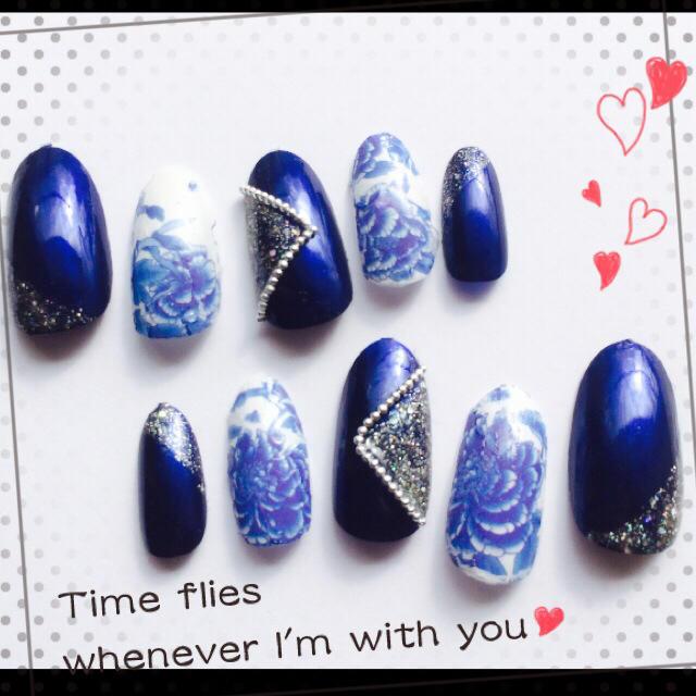 ネイルチップ 青 和柄 コスメ/美容のネイル(ネイル用品)の商品