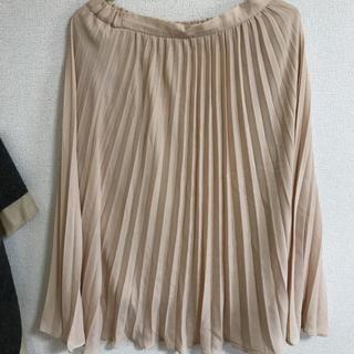 ジーユー(GU)のロングスカート プリーツ(ロングスカート)