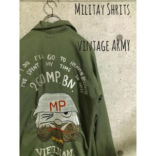 バズリクソンズ(Buzz Rickson's)の中古 ミリタリーシャツ アーミー ベトシャツ ヴィンテージ 刺繍 ジャケット(シャツ)