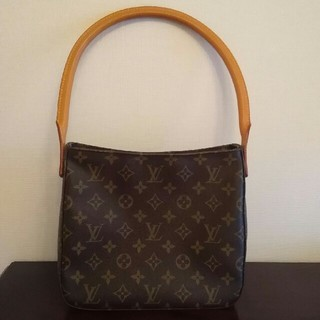 LOUIS VUITTON - LOUIS VUITTON ルイヴィトン ルーピング モノグラム
