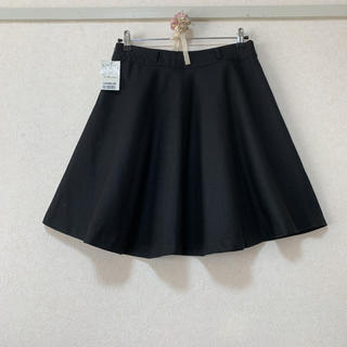 新品未使用 * フレアスカート ブラック *