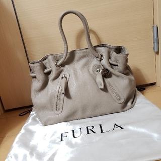 Furla - 美品 FURLA レザーハンドバッグ
