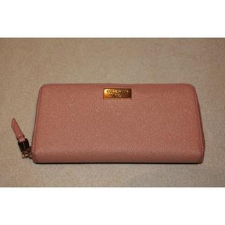 コールハーン(Cole Haan)のゴールドラメがかわいいコールハンのピンクのお財布(財布)