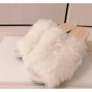 ホワイトファー サンダル(サンダル)