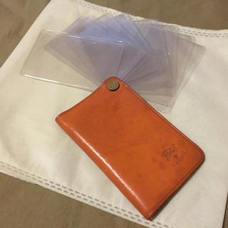 イルビゾンテ(IL BISONTE)の期間限定価格◆イルビゾンテ 正規品 イタリアンレザー カードケース カード入れ(名刺入れ/定期入れ)