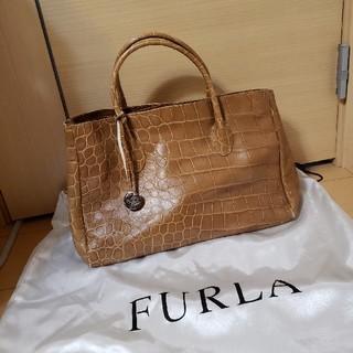 Furla - 美品 FURLA 型押しレザーハンドバッグ ショルダーバッグ