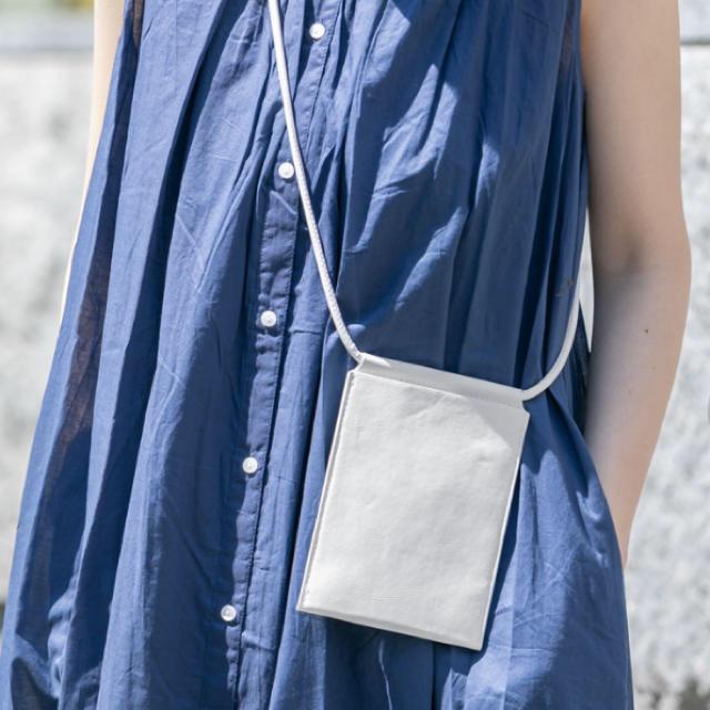 URBAN RESEARCH(アーバンリサーチ)のスマホバッグ スコッシュ レディースのバッグ(ショルダーバッグ)の商品写真