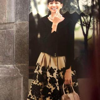 M'S GRACY - カタログ掲載●エムズグレイシー  バラ柄 スカート♡ジャケットにルネ foxey
