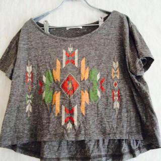 レトロガール(RETRO GIRL)のショート丈トップス(Tシャツ(半袖/袖なし))