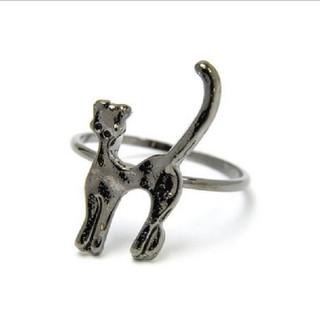 【新品!猫モチーフのピンキーリング  ブラック】(リング(指輪))