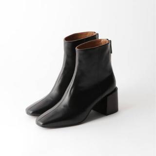 アパルトモンドゥーズィエムクラス(L'Appartement DEUXIEME CLASSE)のアパルトモン 【FLATTERED/フラッタード】SHORT BOOTS ブーツ(ブーツ)