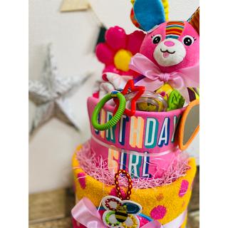 サッシー(Sassy)のオススメ新作♡うさぎのラトルオムツケーキ♡女の子出産祝いギフト(ベビー紙おむつ)