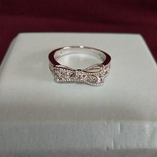 K10ホワイトゴールド☆アシンメトリーデザイン☆ダイヤモンド リボンリング(リング(指輪))