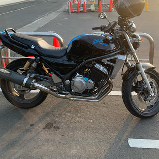 カワサキ(カワサキ)のカワサキバリオス 2 250ccバイク(車体)