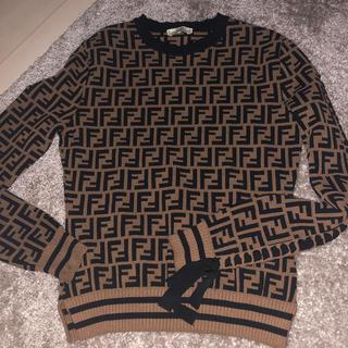 フェンディ(FENDI)の美品FENDI セーター 36(ニット/セーター)