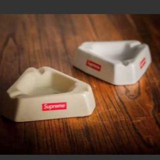 Supreme - シュプ 灰皿 一つのみ 新品 限定 人気 白