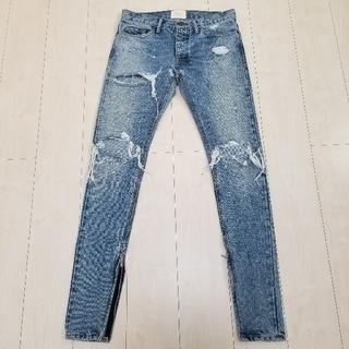 FEAR OF GOD - FEAR OF GOD 4th Selvedge Denim Jeans 31