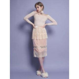 リルリリー(lilLilly)のlilLilly ベロアレースペプラムスカート(ひざ丈スカート)