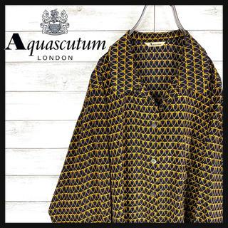 AQUA SCUTUM - 【レア】アクアスキュータム☆総柄シャツ ポリシャツ 人気カラー 最高の手触り