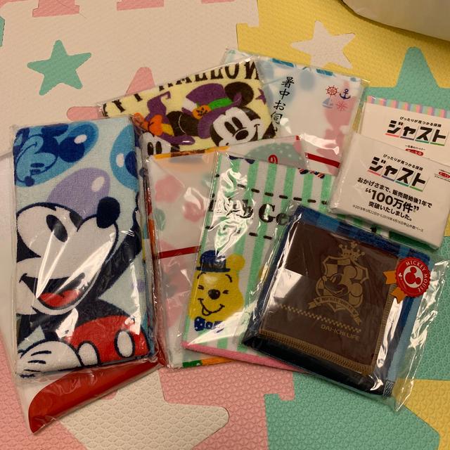 Disney(ディズニー)のタオル、ポケットティッシュ、布巾セット インテリア/住まい/日用品の日用品/生活雑貨/旅行(日用品/生活雑貨)の商品写真