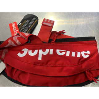 新品未使用 美品赤色(レッド)ウエストポーチ ウエストバッグ アウトレット品